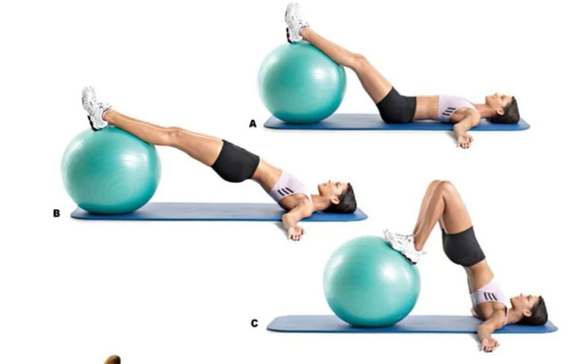 Упражнение на фитболе